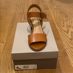 Brand new in box sandals. Pretty and comfortable!